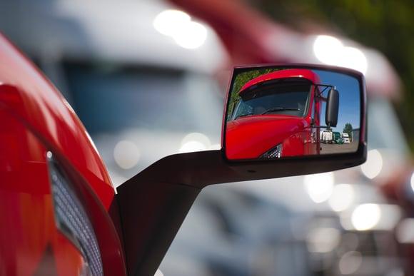 Mirror Use For Semi Trucks